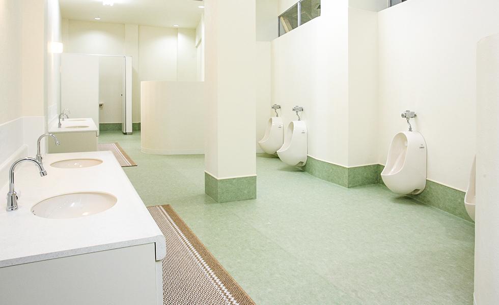 年少用トイレ